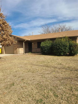 Photo of 1906 Floral Drive, Gainesville, TX 76240 (MLS # 14500289)