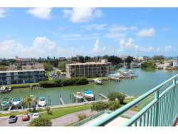 Photo of 1 Key Capri, Unit 606W, TREASURE ISLAND, FL 33706 (MLS # U7823170)