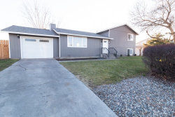 Photo of 315 Sharon Ave E, Moses Lake, WA 98837 (MLS # 1715072)