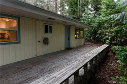 Photo of 18430 47th Place NE, Lake Forest Park, WA 98155 (MLS # 878749)