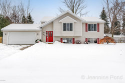 Photo of 1482 Gunnink Drive, Kentwood, MI 49508 (MLS # 18001076)
