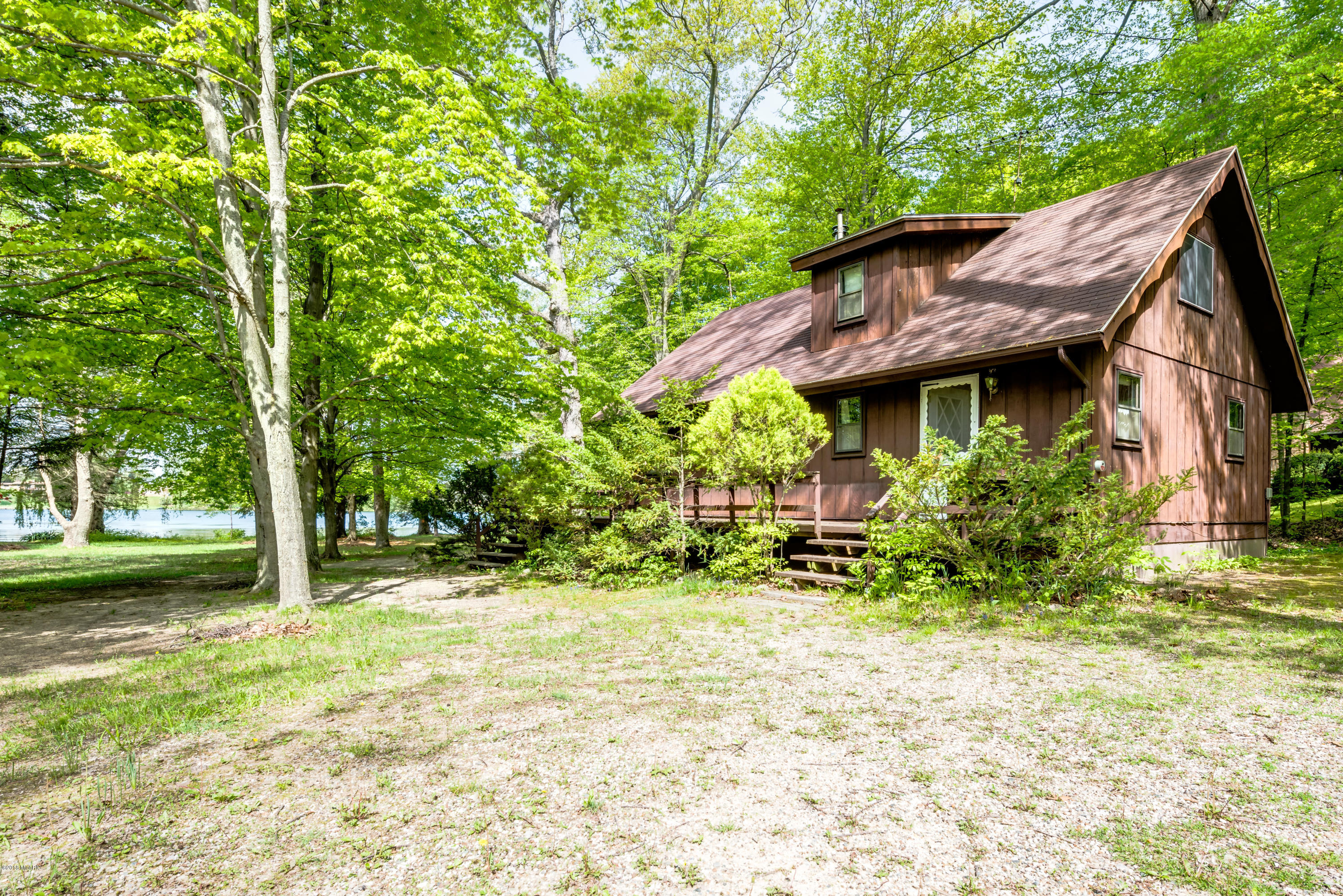 Photo for 61906 56th Street, Lawrence, MI 49064 (MLS # 18021971)