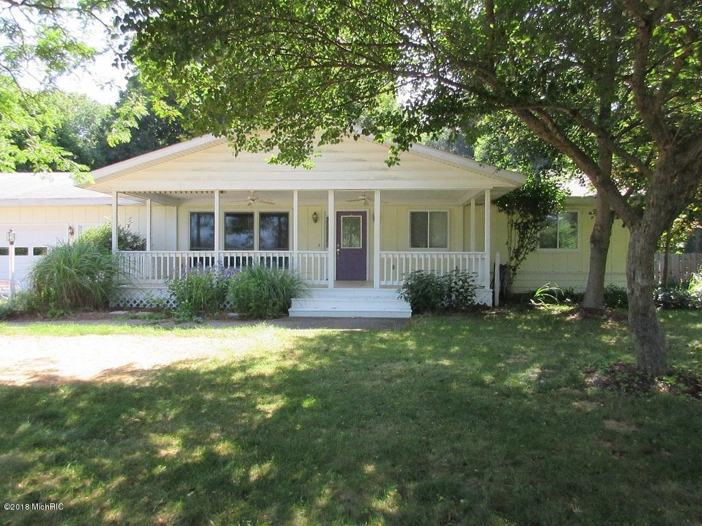 Photo for 3413 64th Street, Saugatuck, MI 49453 (MLS # 18035570)