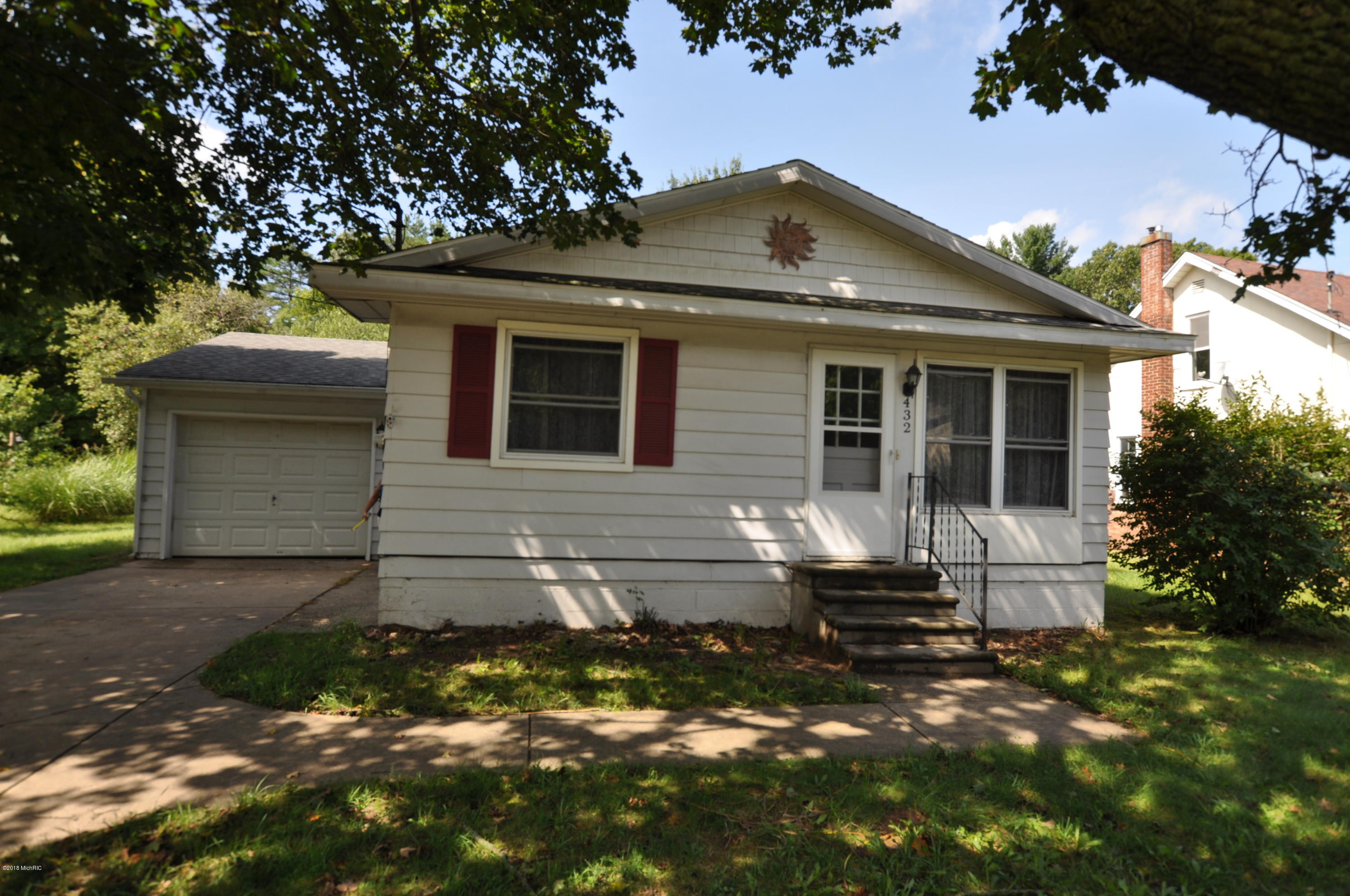 Photo for 432 S Main Street, Lawton, MI 49065 (MLS # 18043405)