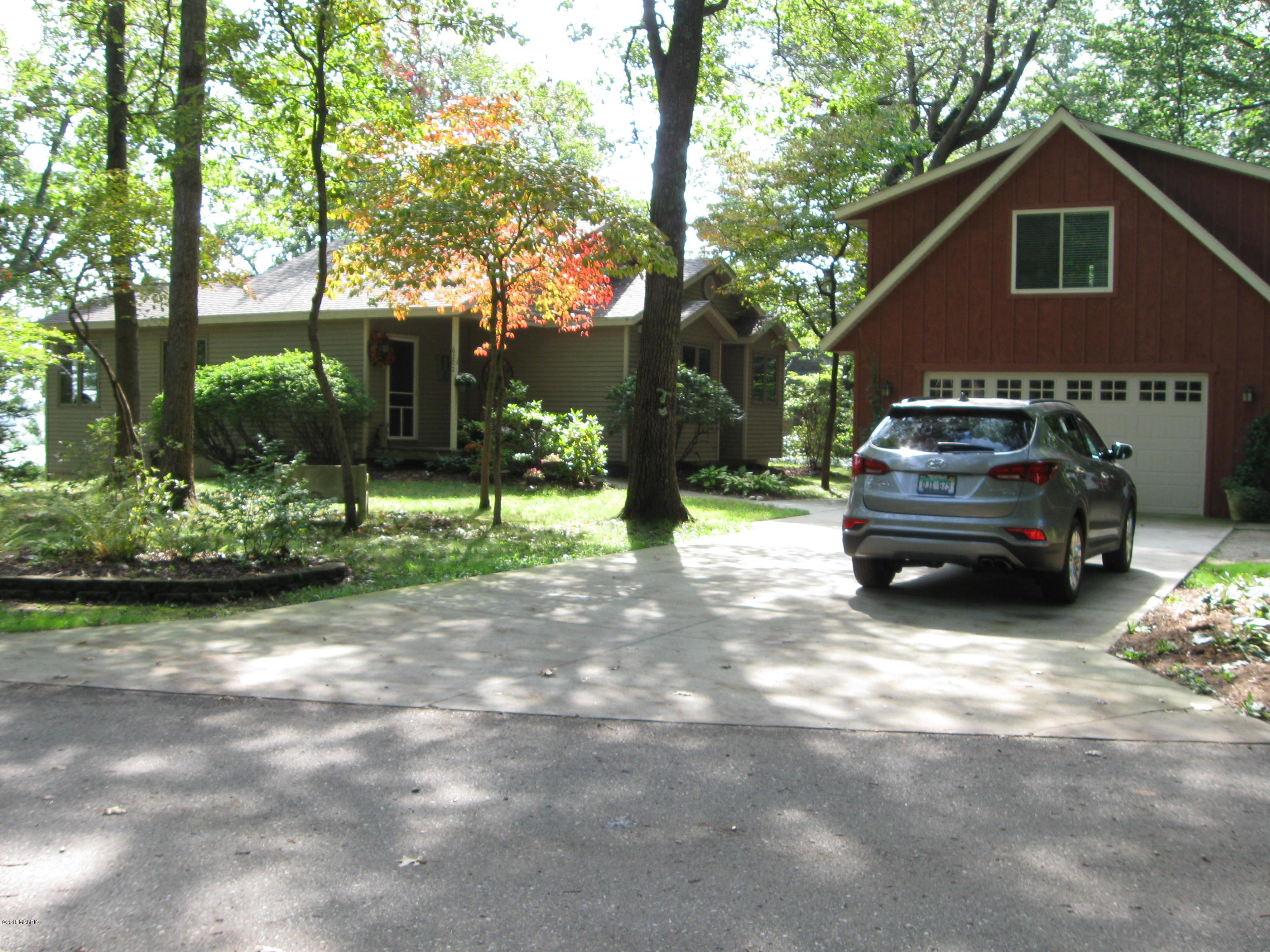 Photo for 6202 131st Street, Saugatuck, MI 49453 (MLS # 18049193)