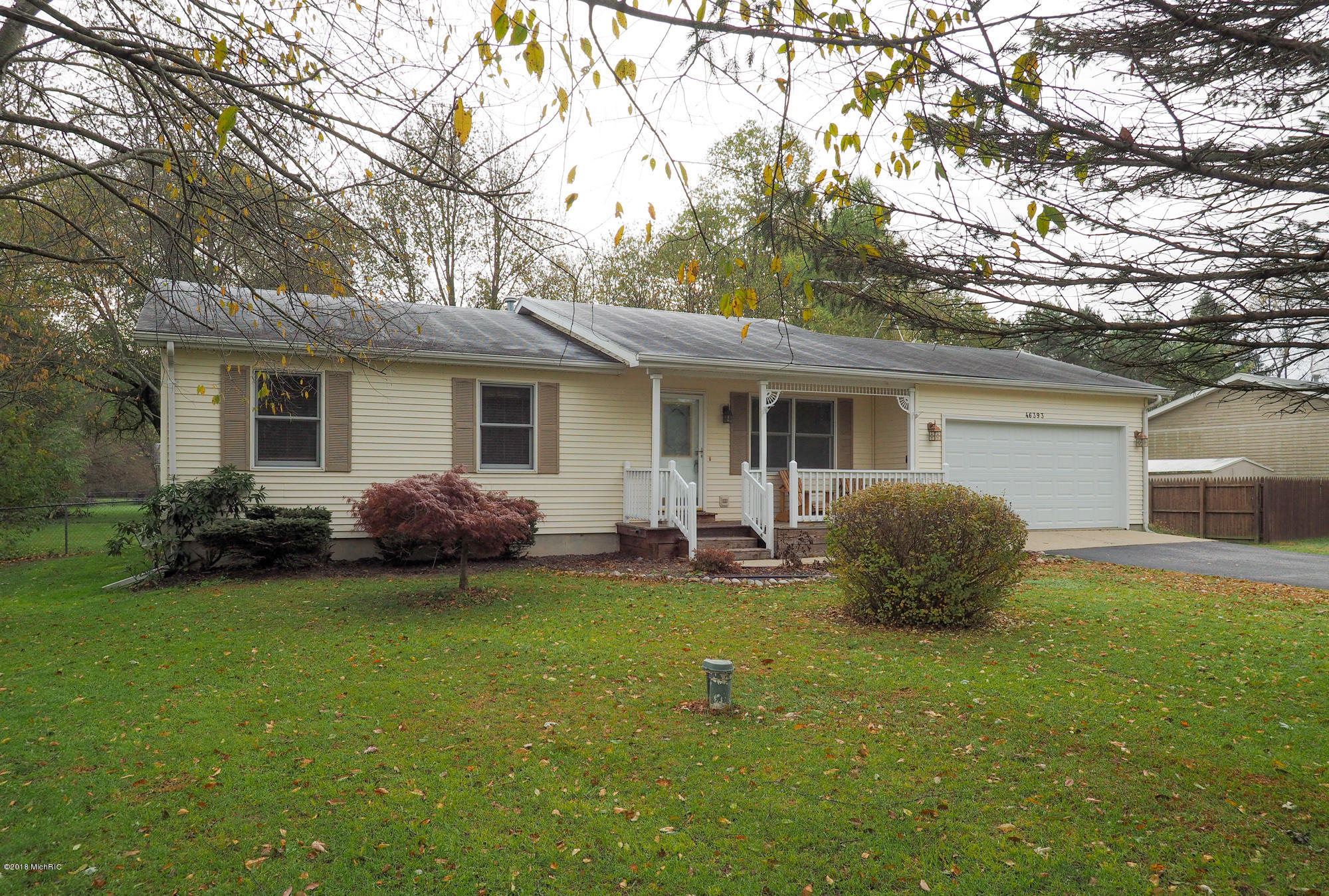 Photo for 46393 Co Rd 653, Paw Paw, MI 49079 (MLS # 18052746)