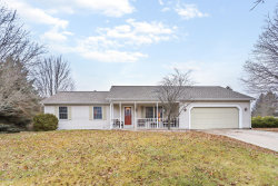 Photo of 17955 Cherokee Drive, Spring Lake, MI 49456 (MLS # 18058102)