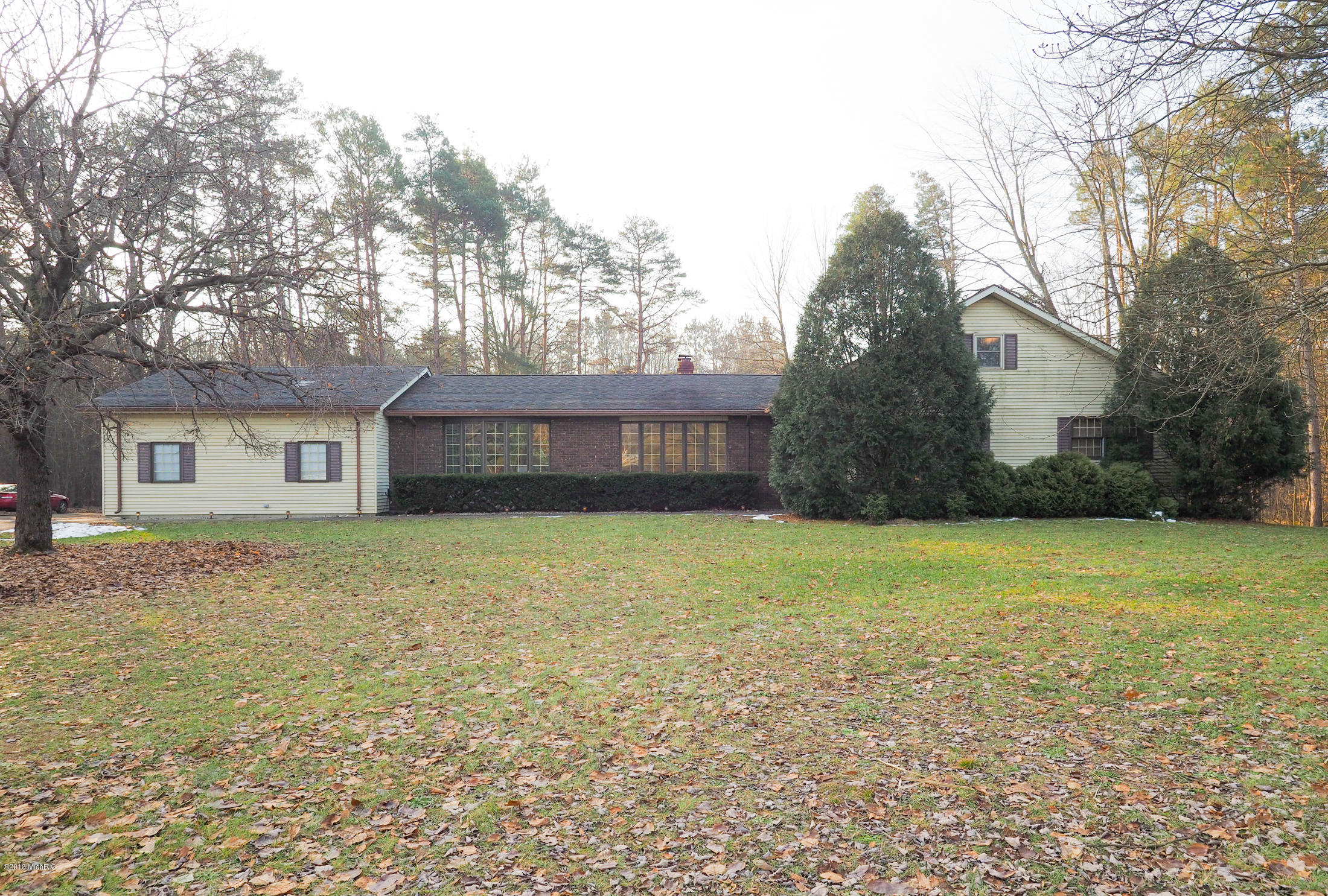 Photo for 34675 46th Avenue, Paw Paw, MI 49079 (MLS # 18058272)