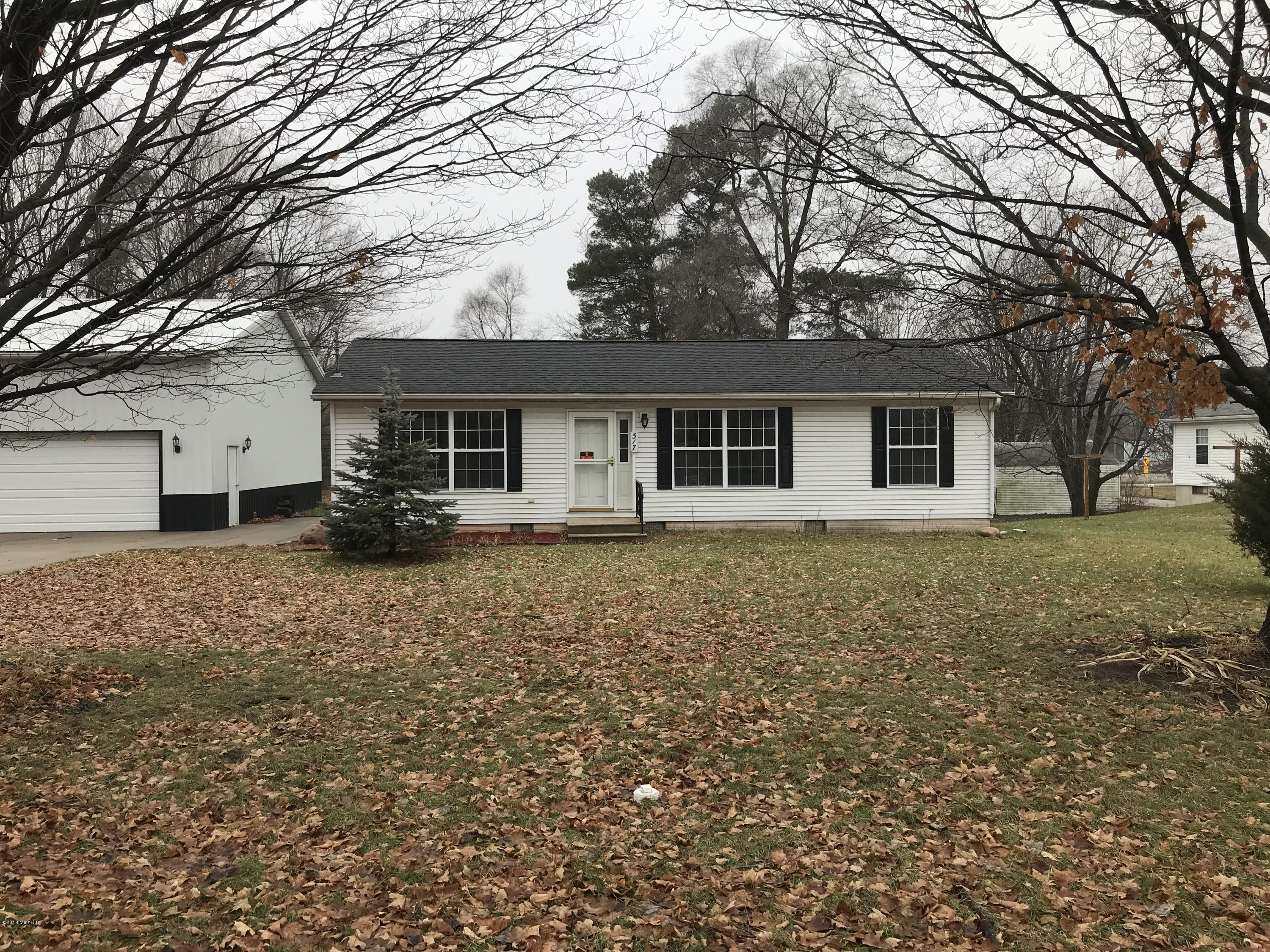Photo for 317 E Sherwood Street, Decatur, MI 49045 (MLS # 18058425)
