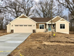 Photo of 10906 Crowning Acres Ct Court, Rockford, MI 49341 (MLS # 18059161)