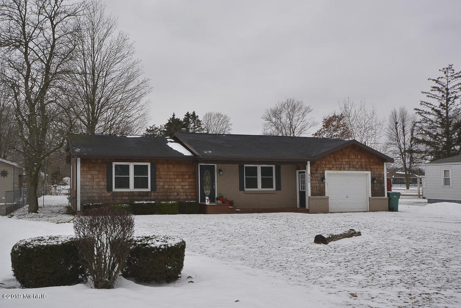 Photo for 455 Douglas Drive, Decatur, MI 49045 (MLS # 19005055)