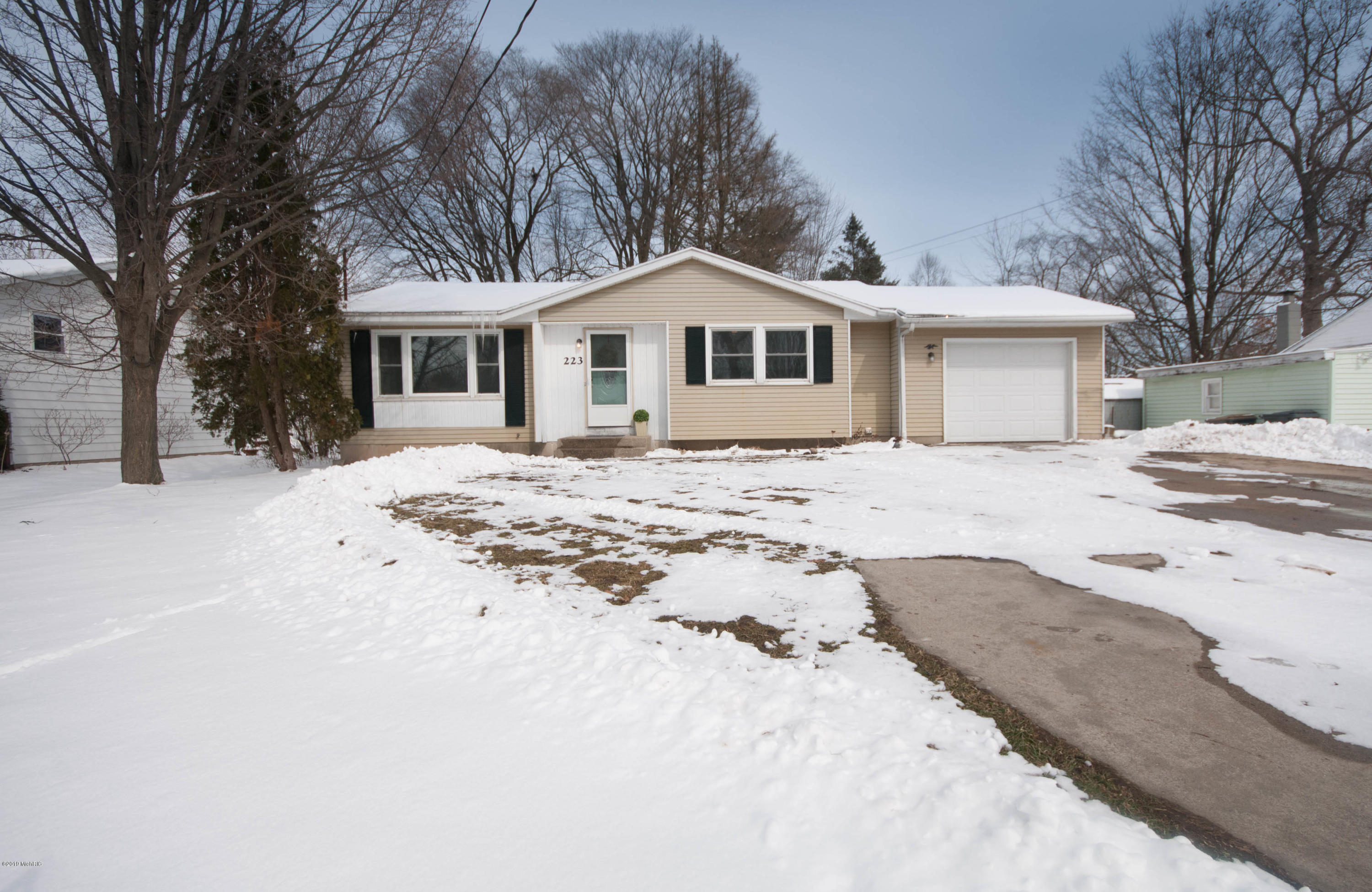 Photo for 223 Temple Street, Otsego, MI 49078 (MLS # 19008157)