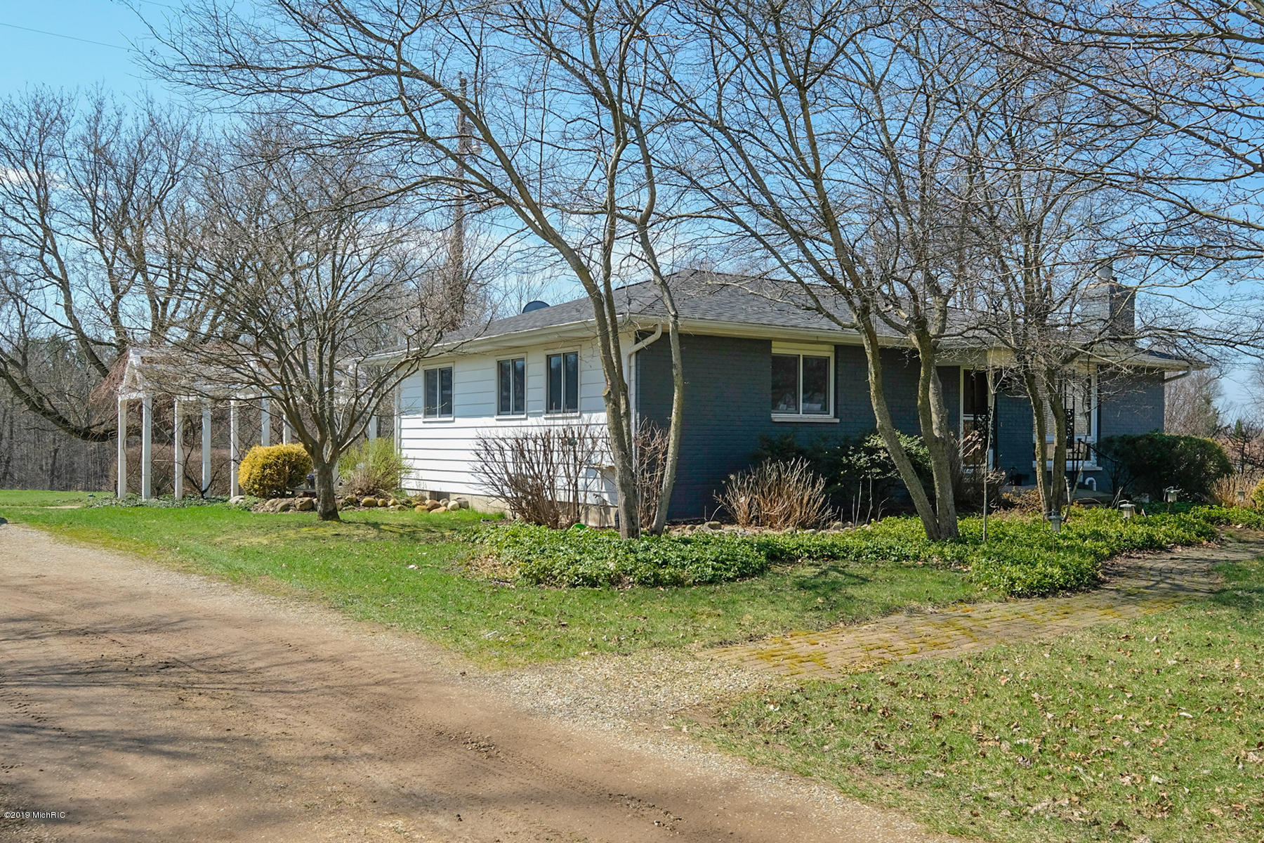 Photo for 24229 80th Avenue, Lawton, MI 49065 (MLS # 19015360)