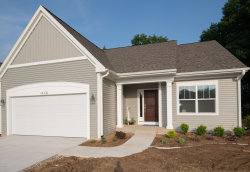 Photo of 14106 Bridgeview Pointe, Vicksburg, MI 49097 (MLS # 19026436)