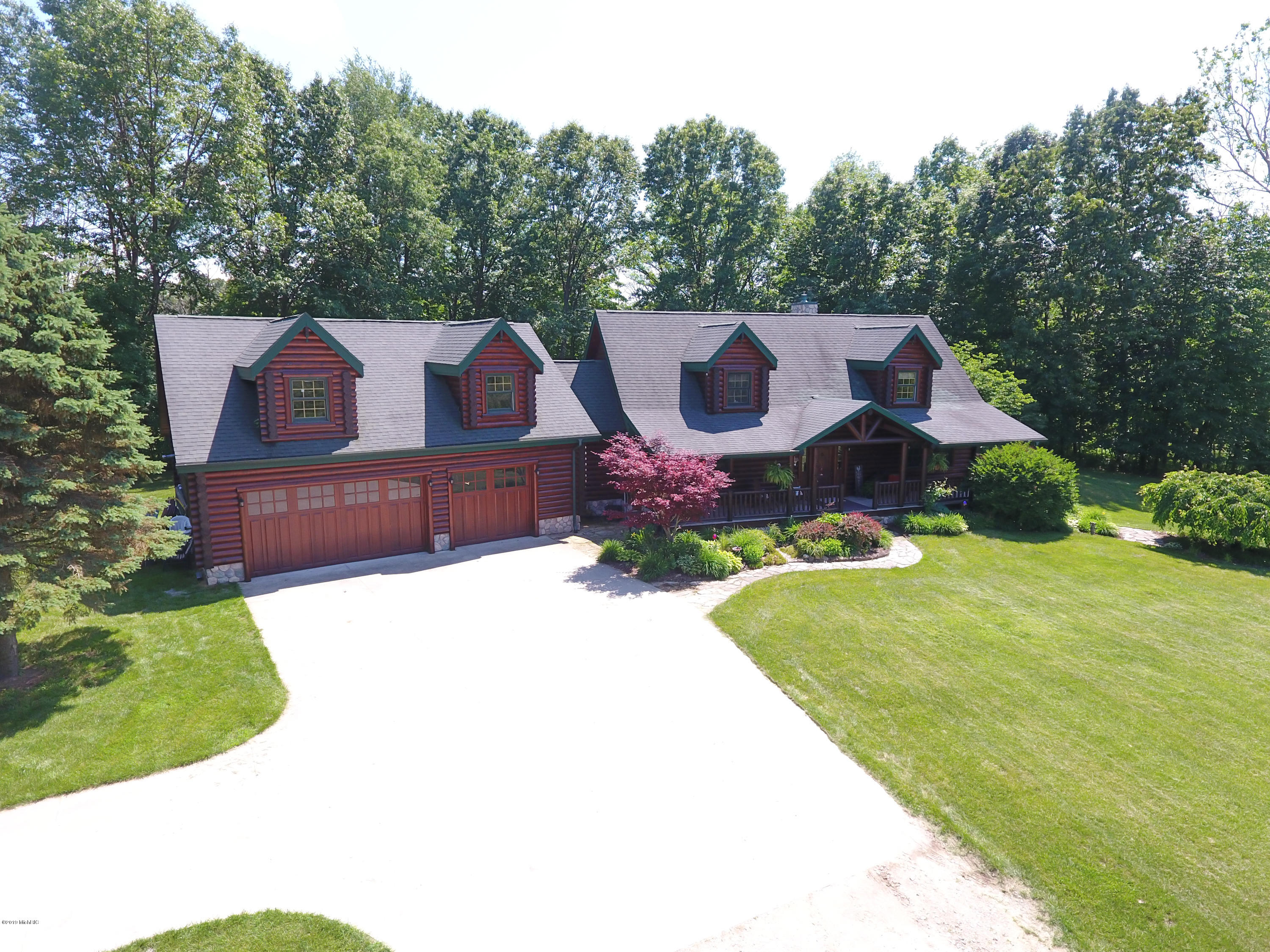 Photo for 40285 M40 Highway, Paw Paw, MI 49079 (MLS # 19030073)