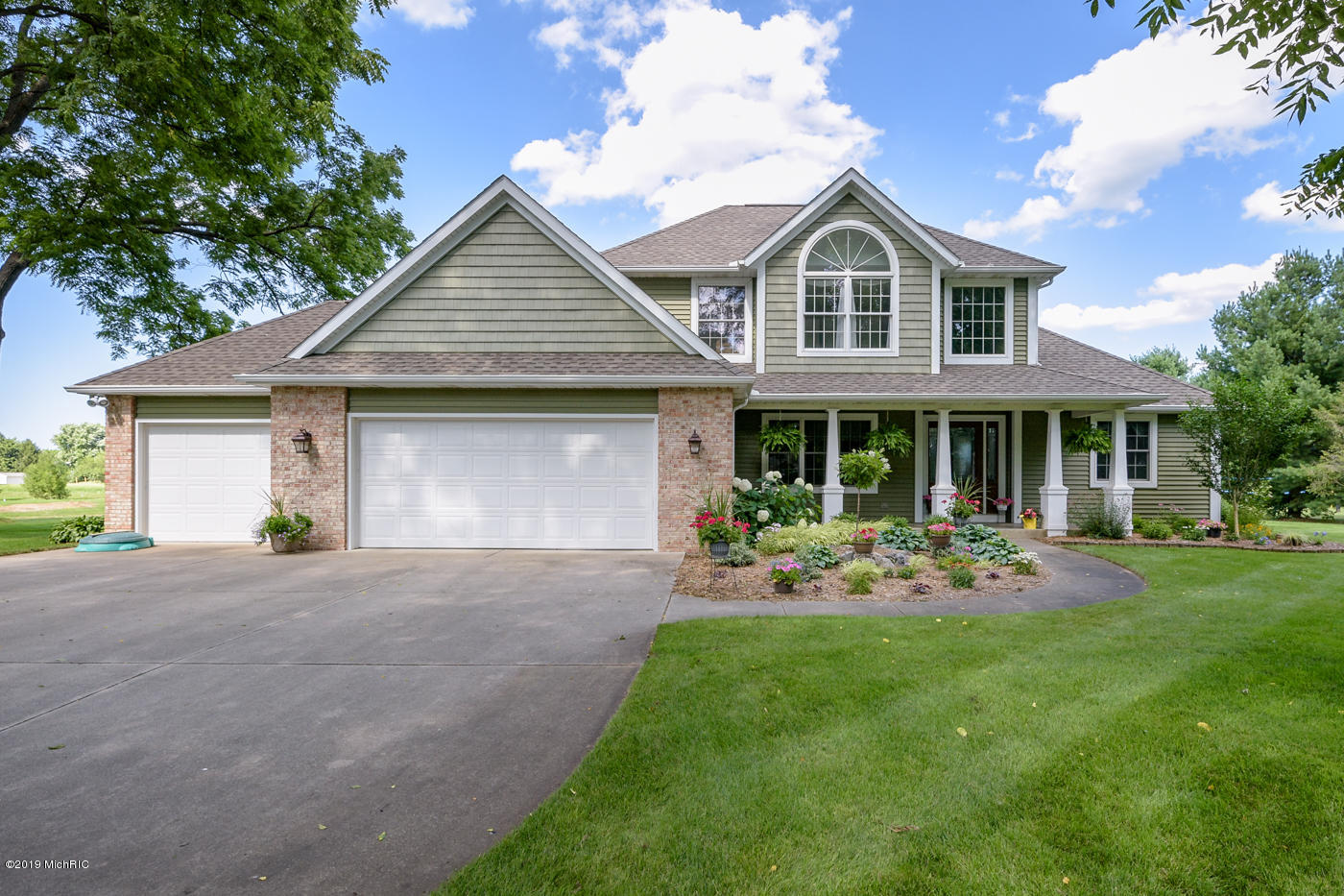 Photo for 15985 Prairie Ronde Road, Schoolcraft, MI 49087 (MLS # 19033418)