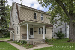 Photo of 1515 Burton, Grand Rapids, MI 49507 (MLS # 19045536)
