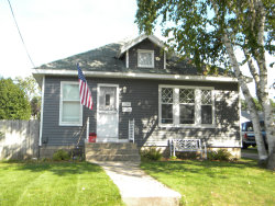 Photo of 2506 Wyoming Avenue, Wyoming, MI 49519 (MLS # 19046052)