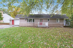 Photo of 1724 Kaywood, Kalamazoo, MI 49001 (MLS # 19051038)