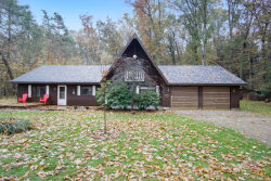 Photo of 408 S Lakeshore Drive, Holland, MI 49424 (MLS # 19055904)
