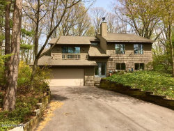 Photo of 95 Lakeview Avenue, Holland, MI 49424 (MLS # 20016987)