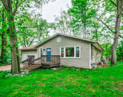 Photo of 431 Homecrest Avenue, Kalamazoo, MI 49001 (MLS # 20019197)