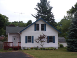 Photo of 913 Chambers Street, South Haven, MI 49090 (MLS # 20028629)
