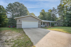 Photo of 4721 65th Street, Holland, MI 49423 (MLS # 20040122)