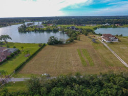 Photo of 13023 Tall Redwood Lane, DOVER, FL 33527 (MLS # T3140546)