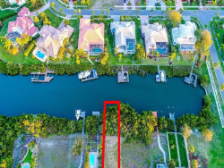 Photo of 6409 Marbella Boulevard, APOLLO BEACH, FL 33572 (MLS # T3220170)