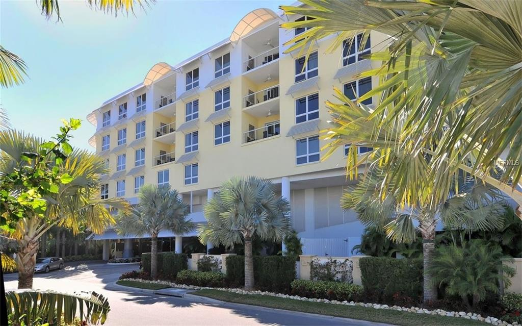 Photo for 915 Seaside Drive, Unit 606, Weeks 4-5, SARASOTA, FL 34242 (MLS # A4174602)