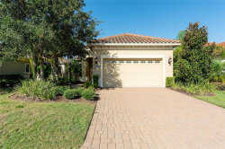 Photo of 7130 Westhill Court, LAKEWOOD RANCH, FL 34202 (MLS # A4415204)
