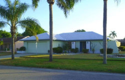 Photo of 1645 Oak View Drive, SARASOTA, FL 34232 (MLS # A4427641)