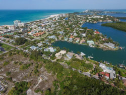 Photo of 800 S Blvd Of Presidents, Unit 18, SARASOTA, FL 34236 (MLS # A4430410)