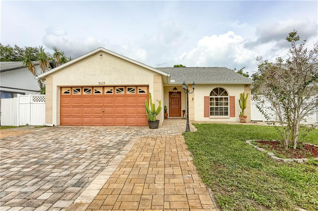 Photo for 3115 Whispering Drive N, LARGO, FL 33771 (MLS # A4450984)