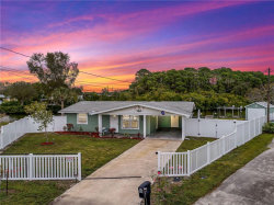 Photo of 4 W Point Circle, ENGLEWOOD, FL 34224 (MLS # D6111110)