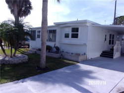 Photo of 252 Outer Drive E, VENICE, FL 34285 (MLS # N6113406)