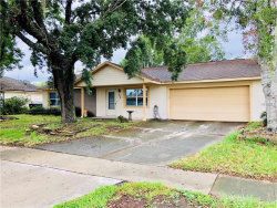 Photo of 254 E Iowa Woods Circle W, ORLANDO, FL 32824 (MLS # O5708943)