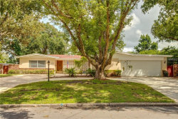 Photo of 21 Minnehaha Circle, MAITLAND, FL 32751 (MLS # O5763425)