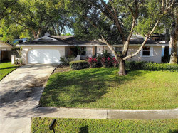 Photo of 426 San Sebastian Prado, ALTAMONTE SPRINGS, FL 32714 (MLS # O5768837)