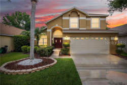 Photo of 527 Royal Tree Lane, OVIEDO, FL 32765 (MLS # O5784116)