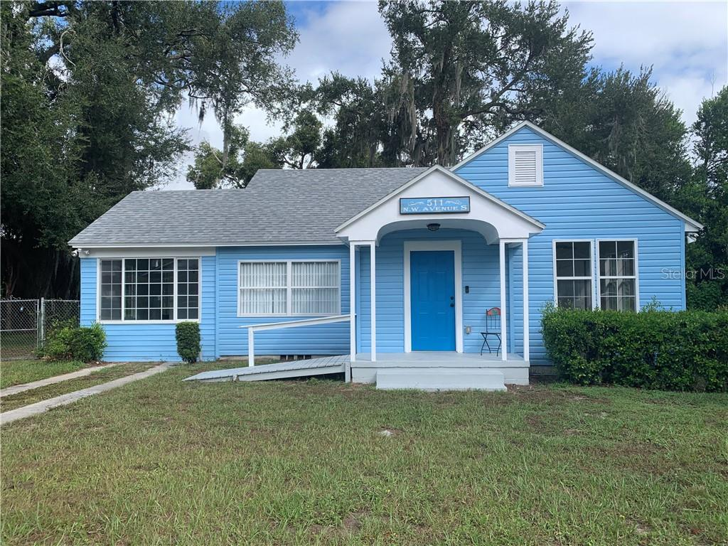 Photo for 511 Avenue S Nw, WINTER HAVEN, FL 33881 (MLS # O5817788)