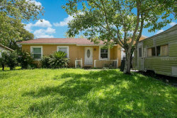 Photo of 2979 Notre Dame Drive, ORLANDO, FL 32826 (MLS # O5884599)