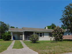 Photo of 403 Avenue I, WINTER HAVEN, FL 33880 (MLS # P4905230)