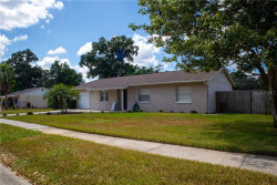 Photo of 914 Silver Ridge Way, VALRICO, FL 33594 (MLS # T3203346)