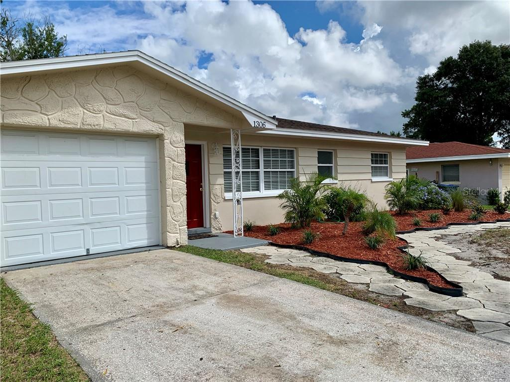 Photo for 1306 Edmonton Drive, CLEARWATER, FL 33756 (MLS # T3267281)