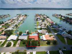 Photo of 11975 7th Street E, TREASURE ISLAND, FL 33706 (MLS # U8004963)