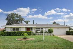 Photo of 2406 Sunnyside Lane, SARASOTA, FL 34239 (MLS # U8017295)
