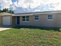 Photo of 1703 Stone Creek Drive, TARPON SPRINGS, FL 34689 (MLS # U8018104)