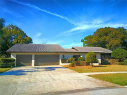 Photo of 2862 Shady Oak Court, CLEARWATER, FL 33761 (MLS # U8030911)